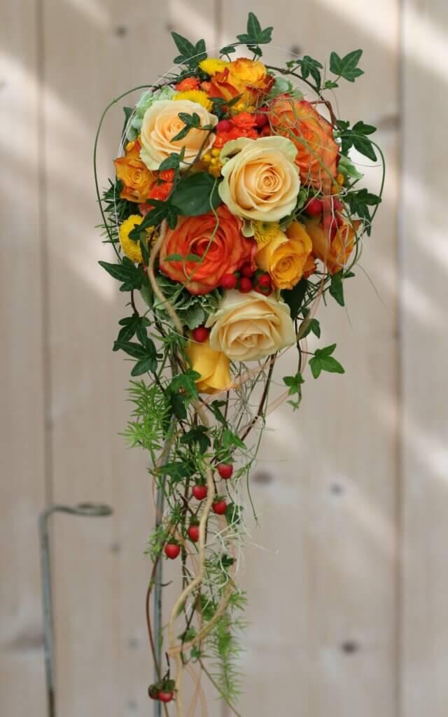 Hochzeitsschmuck Brautstrauß Tropfen orange